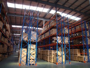 Heavy Duty Racking-D